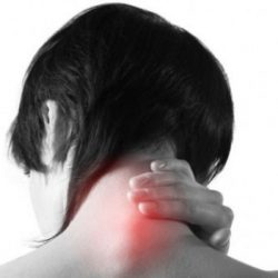 Фурункул на шее: лечение, причини, симптоматика