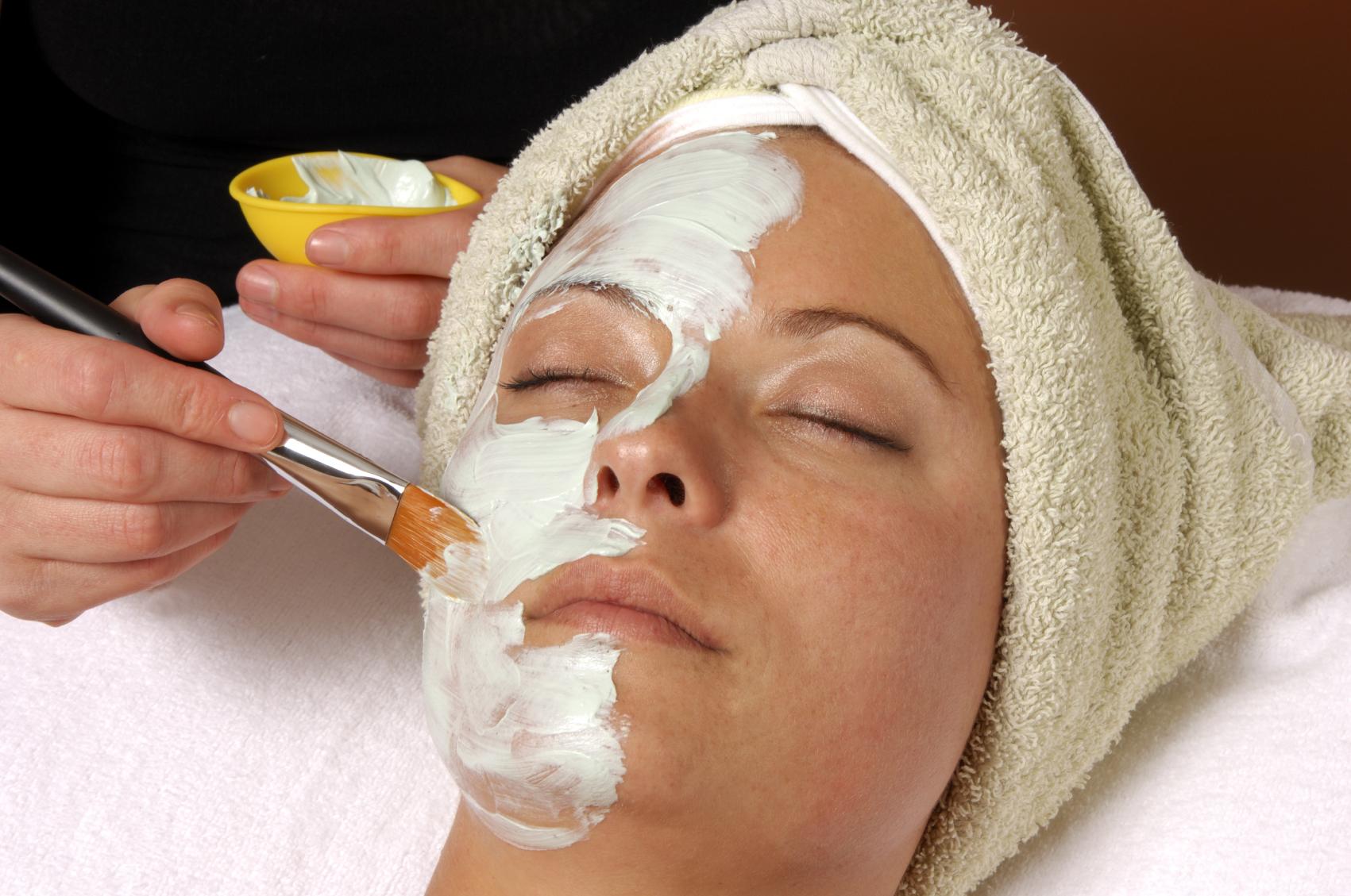 Крема отбеливающие кожу вокруг глаз