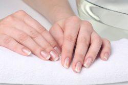 Как убрать шипицу на пальце руки